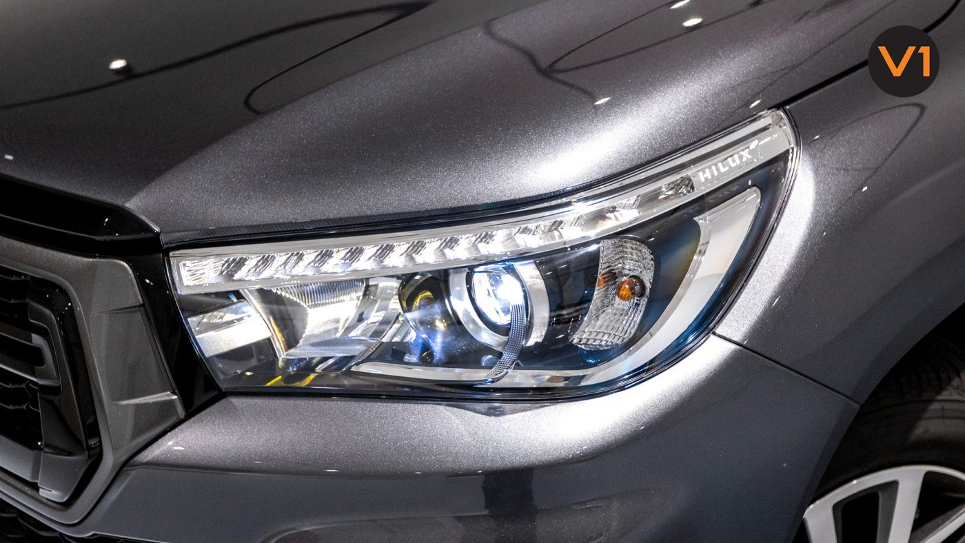 This image has an empty alt attribute; its file name is Toyota-Hilux-Double-Cab-Auto-Invincible-X-Headlight-1400x788.jpg